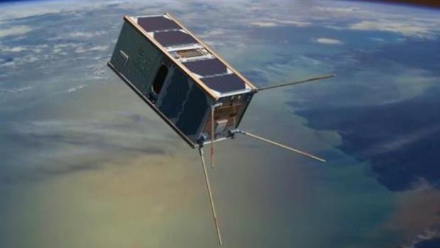 australian-scientists-3d-printing-create-thermosphere-bound-cubesat-satellite-2